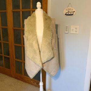 Loft reversible fur vest